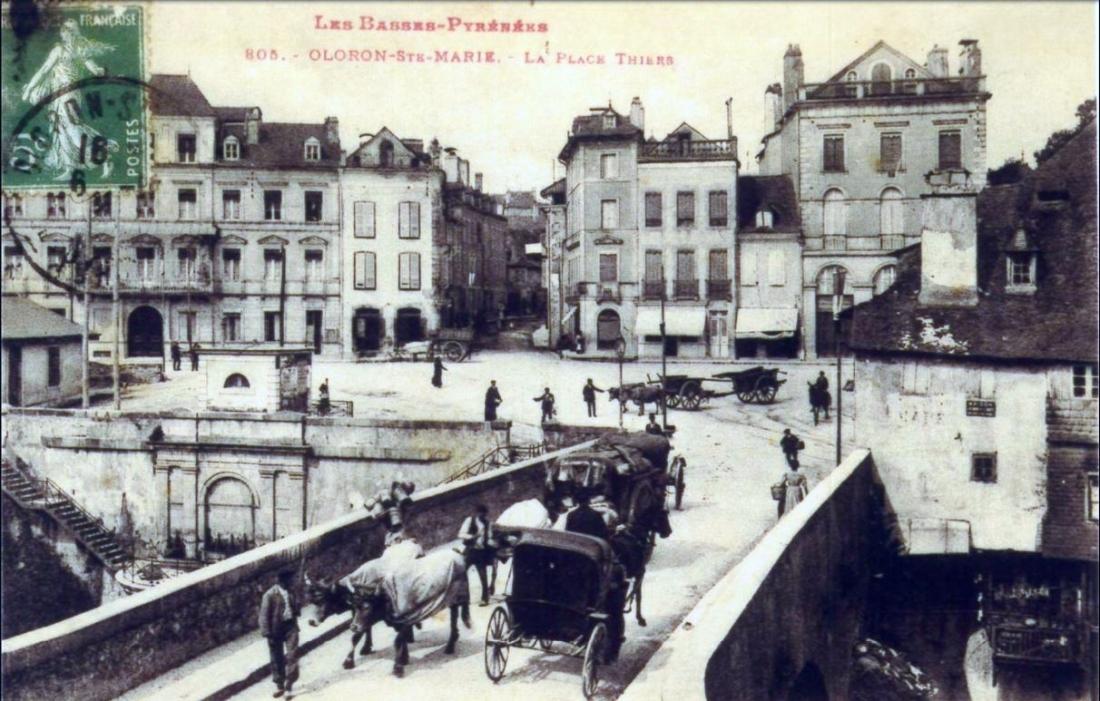 La Place Thiers(2)